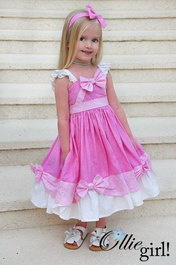 Cinderella's dress the mice made. I need to make this for K for our Disney trip!!! So cute!