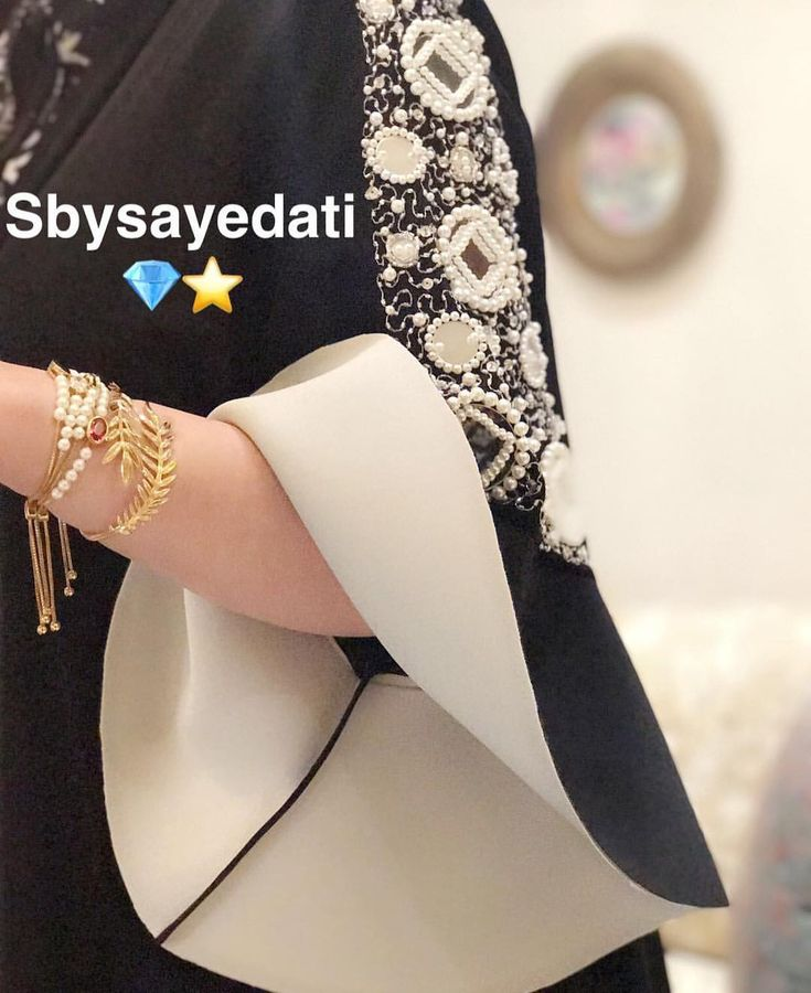 """104 Likes, 8 Comments - S by سيدتي ✨ (@sbysayedati) on Instagram: """"لاي استفسار ارجو التواصل واتساب 0097336809089 ✨✨"""""""