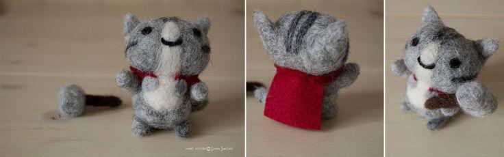 Handmade needle felted Cute Cat Thor More on my shop here : http://tissipostcardsandcrafts.blogspot.it/2015/12/lo-shop-vi-augura-di-passare-delle.html