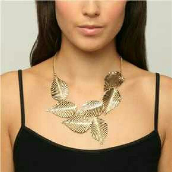 Rusted Gold Leaf Necklace Beautiful Statement Necklace Jewelry Necklaces