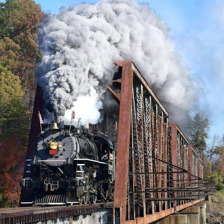 Engine #1702 has returned to Bryson City, Swain County, North Carolina......photo courtesy of Mark Price