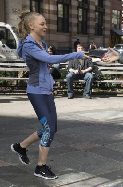 Angela Moss in Mr. Robot S01E03 | Mr. Robot Fashion Style | Pinterest | Mr robot