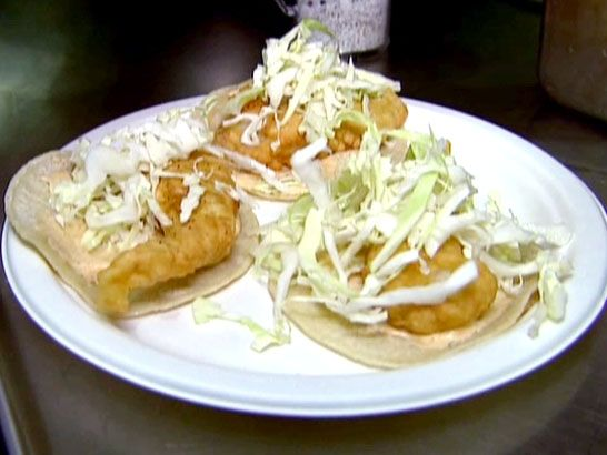 La Fondita Fish Tacos from FoodNetwork.com Good idea for all that fish I have in my freezer from the fishing trip to Alaska!