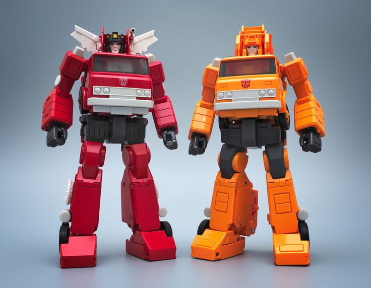 Transformers Masterpiece MP-33 Inferno and MP-35 Grapple