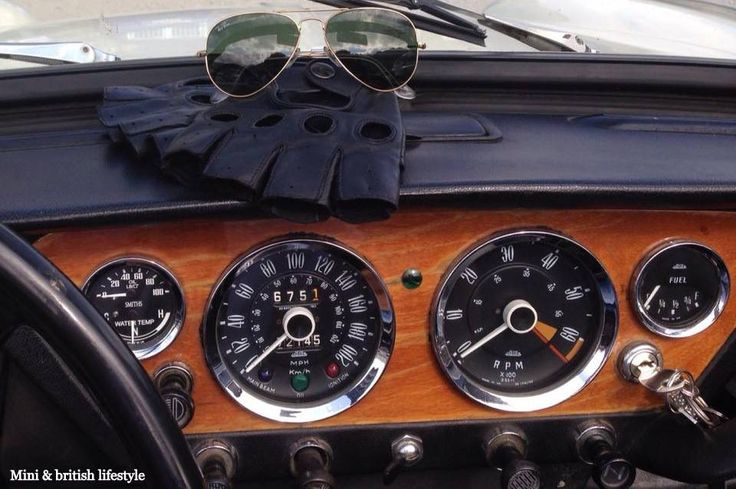 Triumph Spitfire MK3 1967. Still the best and preferred instrumentation by many a driver. Round black dials with white numerals and pointers.