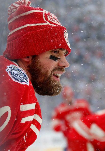 Henrik Zetterberg - Detroit Red Wings at the NHL Winter Classic (1/01/2014)