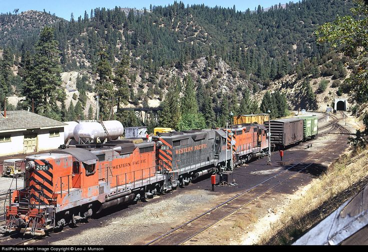 RailPictures.Net Photo: WP 2001 Western Pacific EMD GP20 at Keddie, California by Leo J. Munson