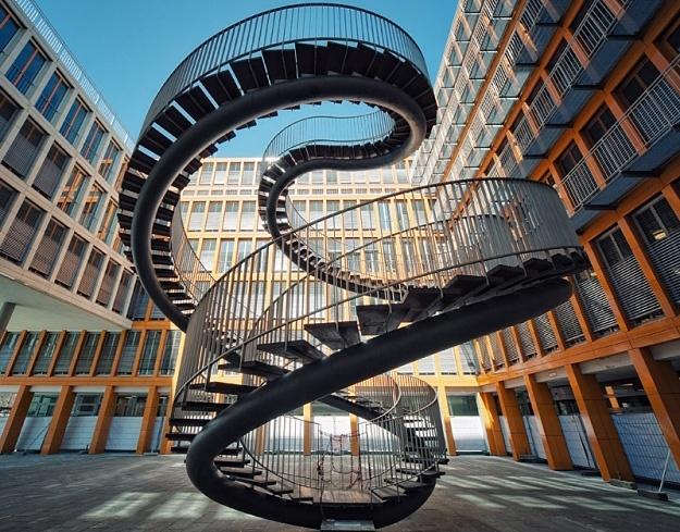 Möbius-like   from Frankfurt am Main