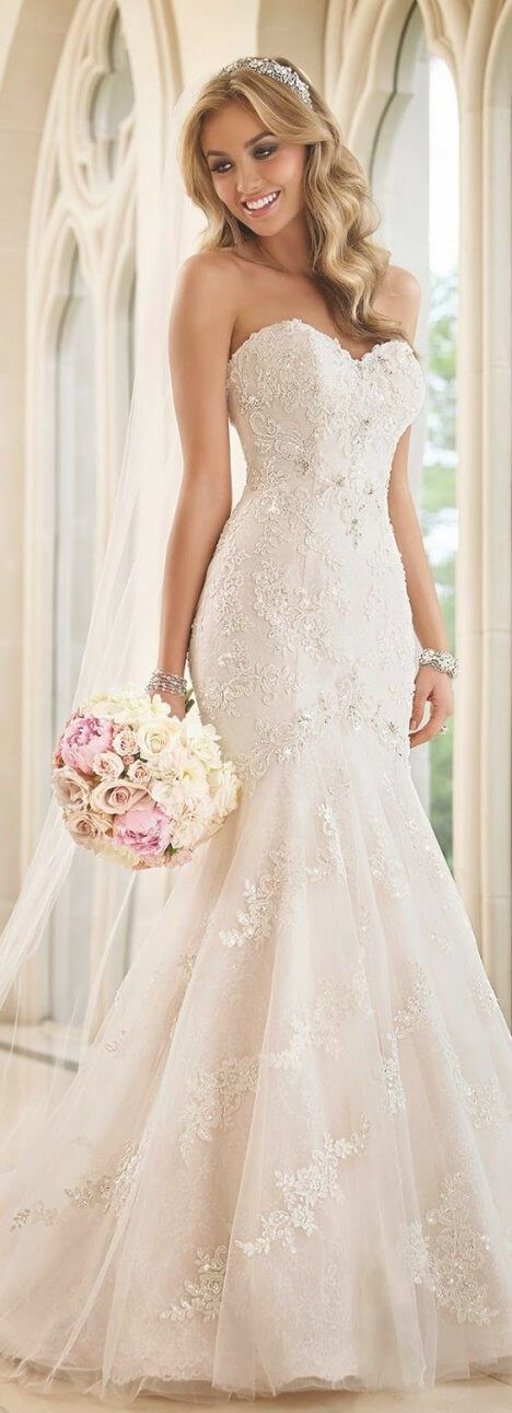 Best 30 White Wedding Dress With Black Lace Corset