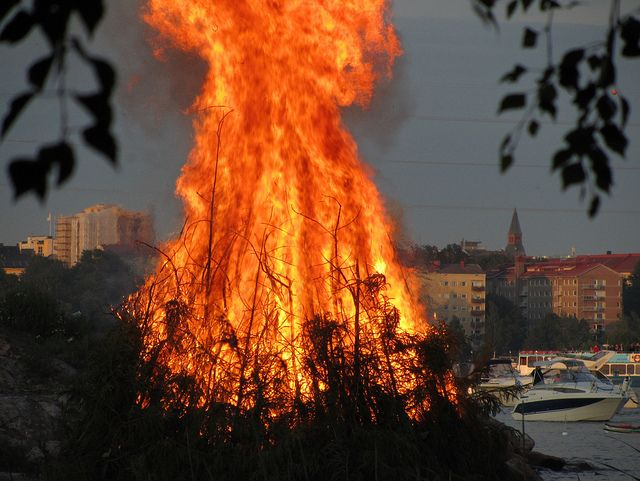 Bonfires (kokko) are common during Finnish midsummer celebrations near lakes and the sea.