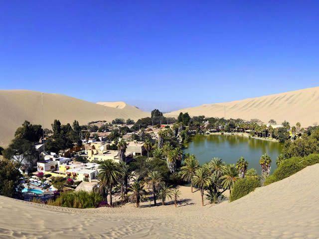Huacachina es un oasis en el desierto peruano. Es una ciudad turística construida alrededor de un pequeño lago natural en la región suroeste de Ica.         lugares