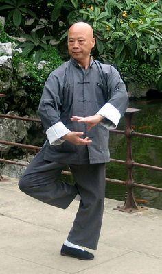 Master Chu King Hung - Yang Tai Chi Chuan    (lotsofchi.com)