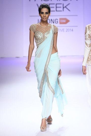 Sari: Sonaakshi Raaj