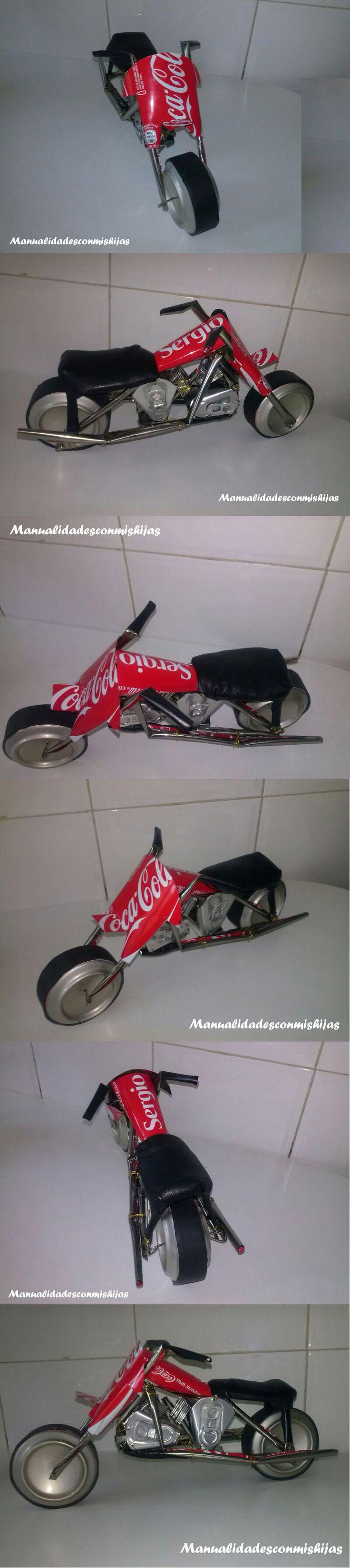 Moto realizada con latas de coca cola - Coke-can made motorbike