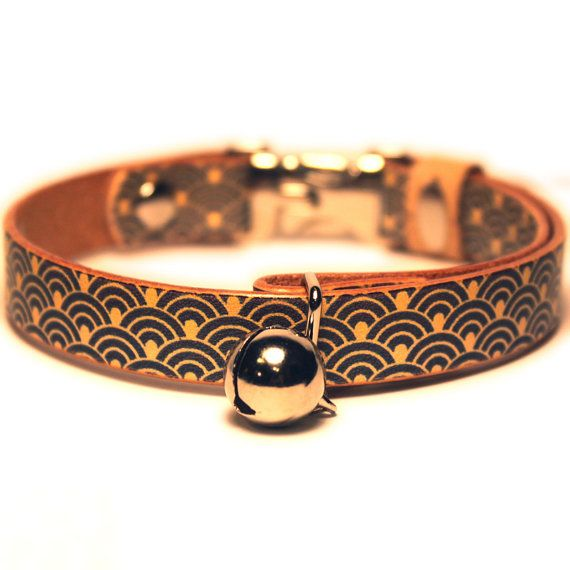 "For cat/ Traditional Oriental Pattern Japanese 0.43inch(11mm) width leather CAT COLLAR Oriental Wave design mean ""Peace"" CT2143-12"
