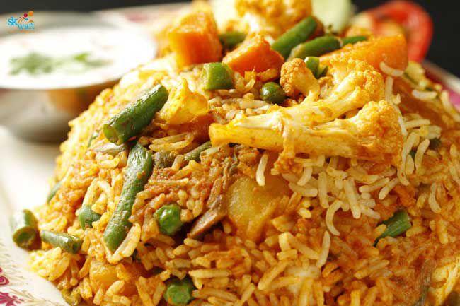 Hyderabadi Biryani In Bannerghatta Road Rooftop Pubs And Bars Restaurants In Bannerghatta Road Bangalore