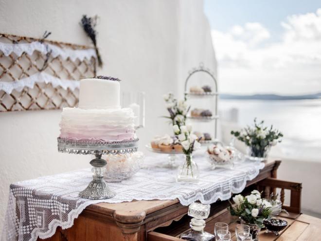 Dessert table Santorini wedding. View the full gallery here: http://tietheknotsantorini.com/portfolio