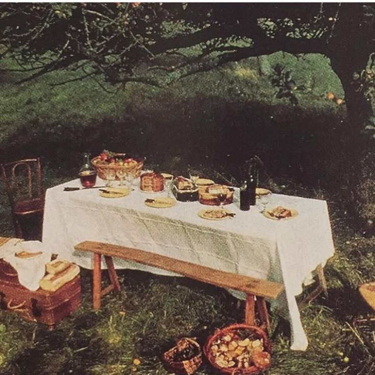 #NotesfromAPART: Monet's table, via @noble_shop