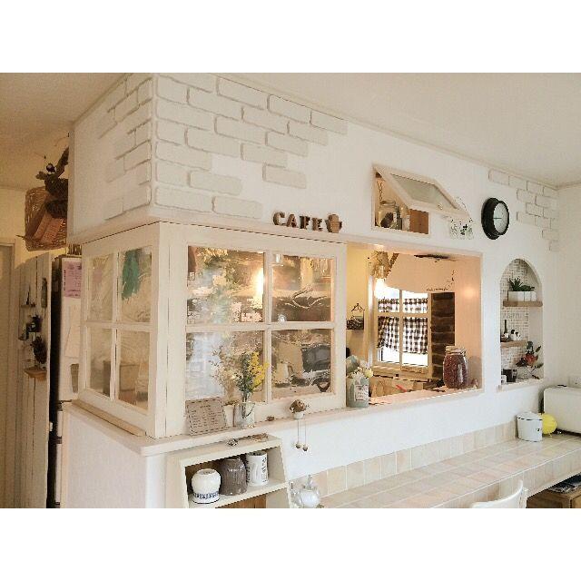 Ayumiさんの、Kitchen,ナチュラル,100均,DIY,セリア,おうちカフェ,いつもいいねありがとうございます♡,インスタ→ayumuncho,スチロールレンガについての部屋写真