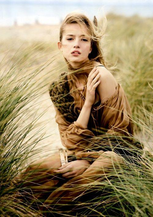Definitely want to take similar style photos for our next senior shoot at the beach!  #senior #photography #fashion