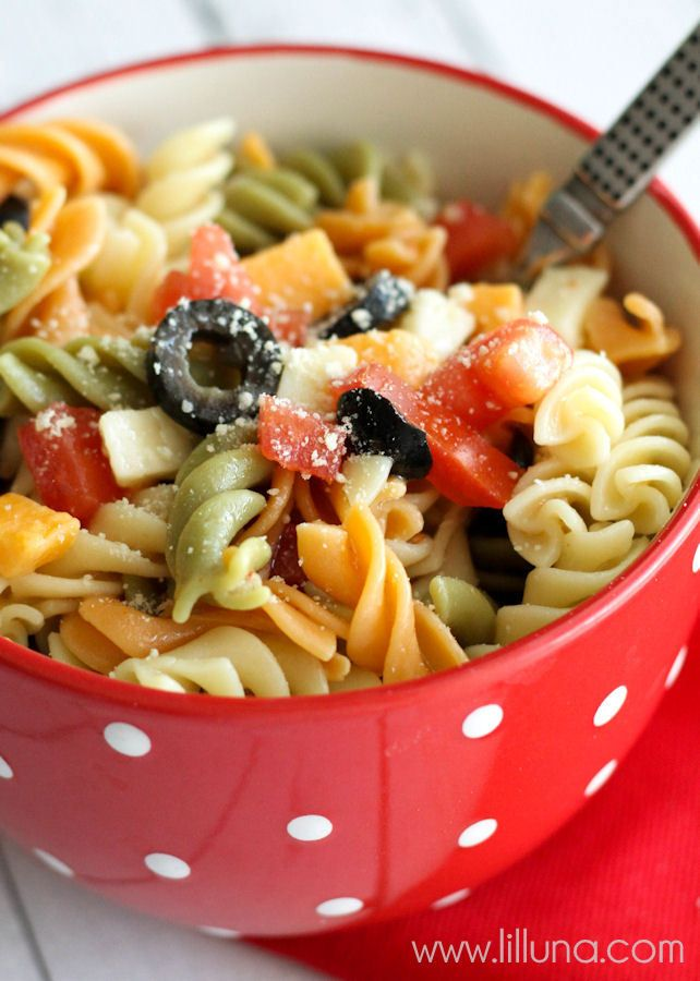 how to make greek pasta salad with italian dressing