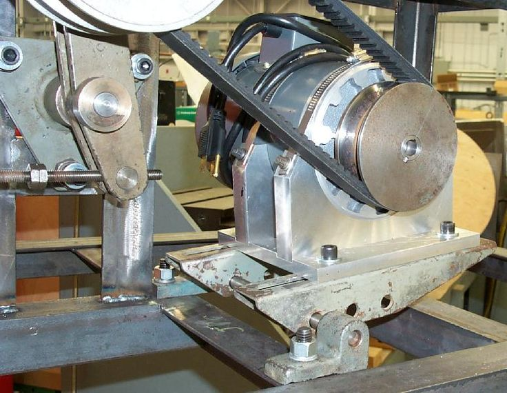 We Offer a Wide Range of Pulleys which are Suitable for Heavy Industries by Online Orders with Fair Prices @ www.steelsparrow.com