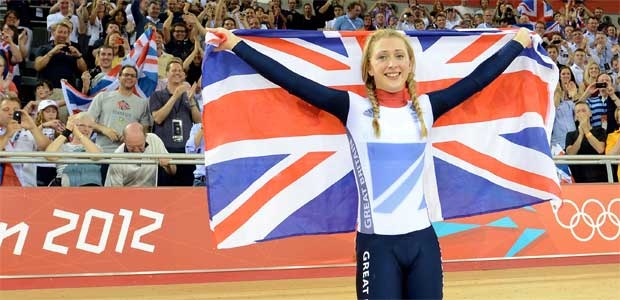 Laura Trott celebrates gold number 21 for Team GB. Congratz, you were great!