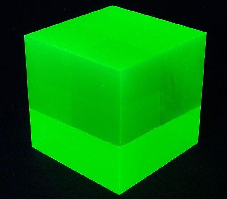 "Cube Yellow Uranium Vaseline UV Glow Glass Cubic Paperweight 1-1/8"" (28mm) Side"