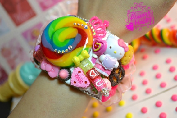 decoden Bracelet cuff, hmm sounds fun: Fabulous Accessories, Kawaii Decoden, Japanese Decora, Decoden Inspiration, Hmm Sounds, Deco Treats, Decoden Bracelet, Case Ideas