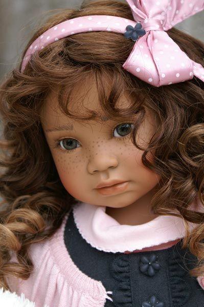 Arlene's Dolls - Angela Sutter Dolls  https://www.facebook.com/encarni.martinez.79