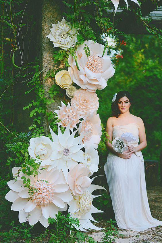 Paper flower wedding arch / http://www.deerpearlflowers.com/paper-flower-wedding-ideas/