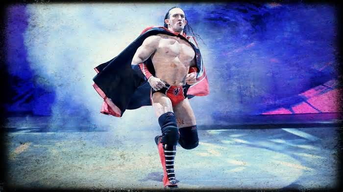 WWE Hoping To Revamp Neville And Save Cruiserweight Division #hoping #revneville #cruiserweight #division