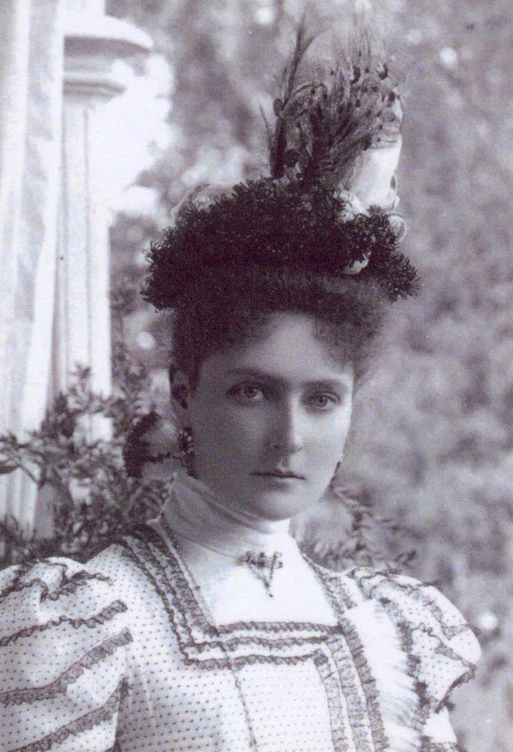 Tempus fugit....mors venit... : Photo. Empress, Tsarina Alexandra Feodorovna, formerly known as Alix of Hesse.