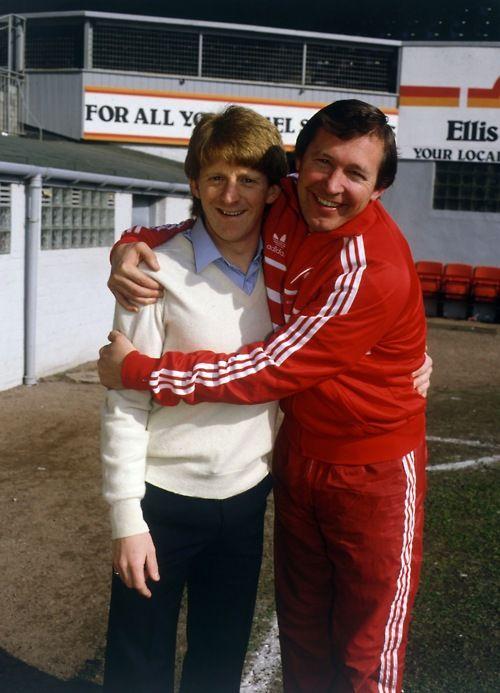 Gordon Strachan (Aberdeen FC, 1977–1984, 183 apps, 55 goals) and manager Alex Ferguson (Aberdeen FC, 1978–1986).