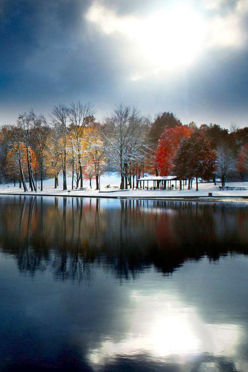 Foreboding Beauty / Robert Blair