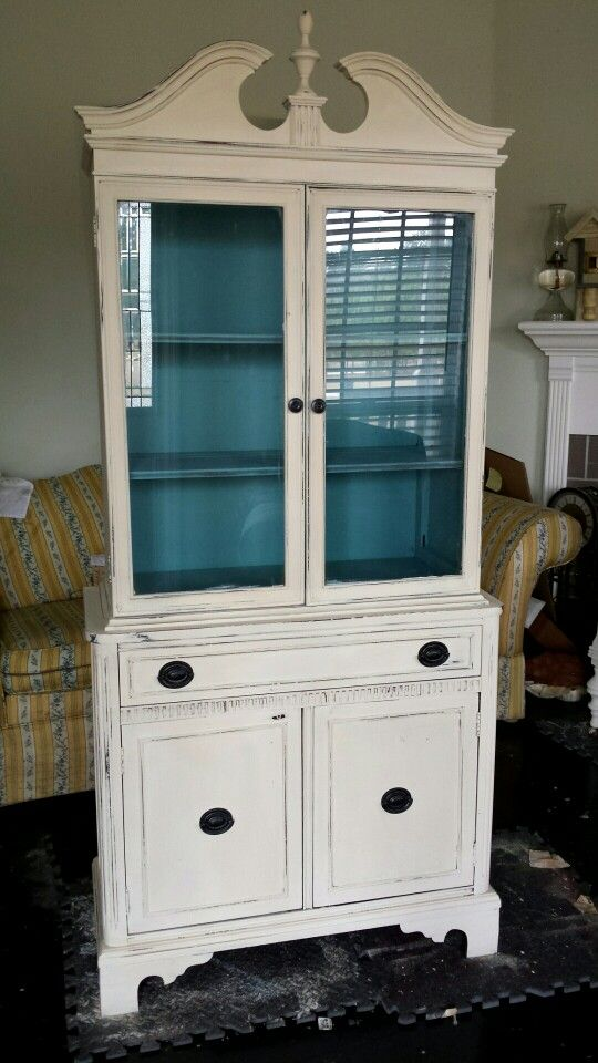 Annie Sloan Old White China Cabinet With Provence Interior