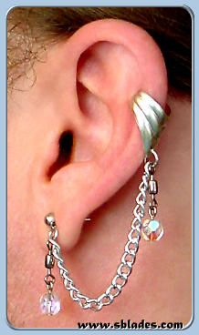 Amira slave earring, Ear cuff chains jewelry, Bajoran style ear decoration. Handcrafted for no piercings through multiple piercings by Chainmail & More