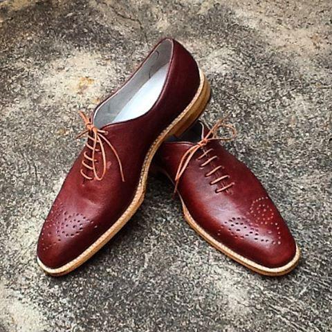 ღღ Claudio Lopez, shoemaker