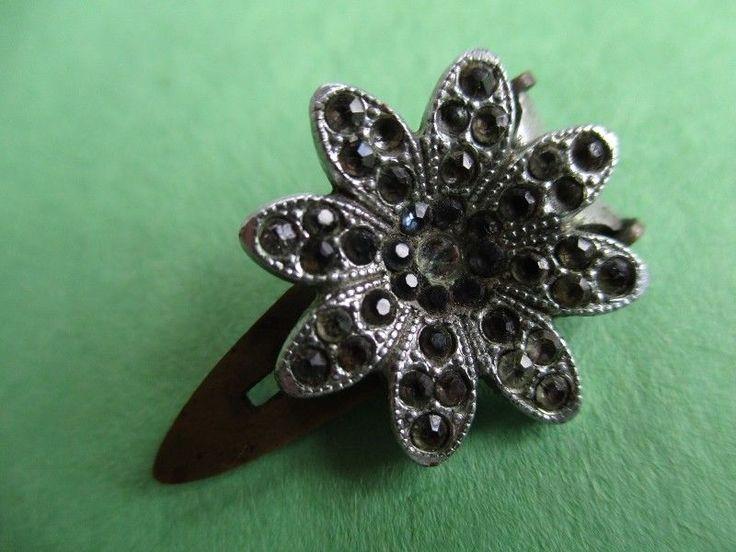 PRETTY SMALL VINTAGE DRESS CLIP SPARKLING  MARCASITE FLOWER noelhumphrey on eBay.co.uk