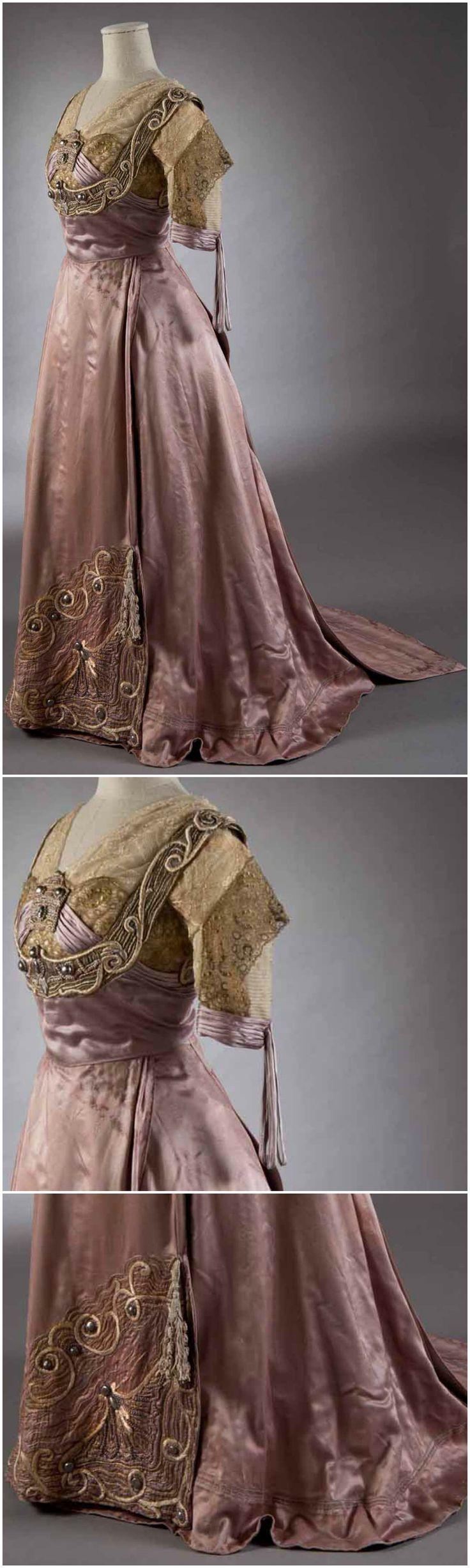 Ceremonial dress in two parts, by Callot Soeurs, Paris, c. 1907-10. From the Museo della Moda e delle Arti Applicate via Studio Esseci.