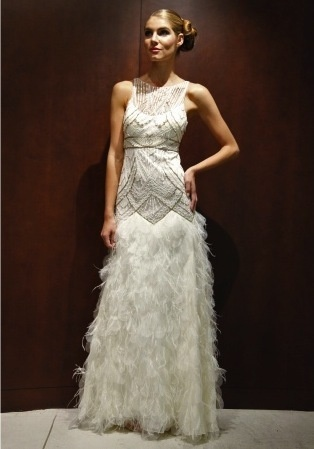 Art deco deco and the feathers on pinterest for Wedding dress with feathers on bottom