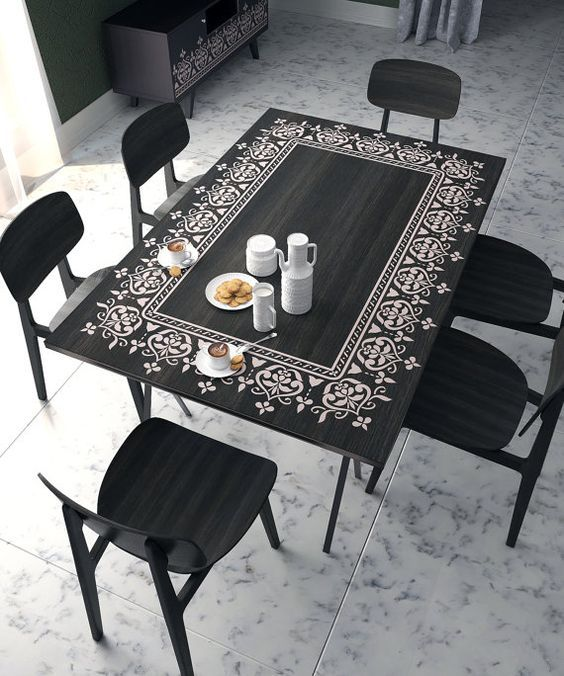 Black Oak Dining Table And Chairs