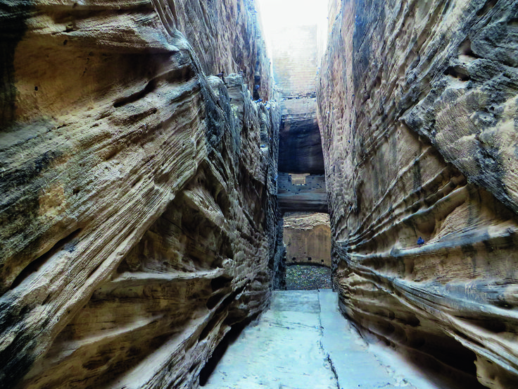 Gallery of The Astonishing (Vanishing) Stepwells of India - 12