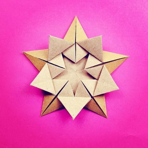 Star Within model by @alibhmni I really like this design it's very pleasing tutorial coming soon #origami #origamistar #star #paper #paperfolding #pink #paperkawaii