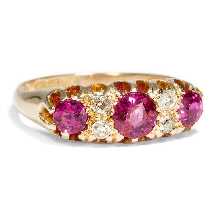 Für Dich nur das Beste - Prachtvoller Rubin & Diamant Ring aus Gold, Großbritannien um 1890 von Hofer Antikschmuck aus Berlin // #hoferantikschmuck #antik #schmuck #antique #jewellery #jewelry // www.hofer-antikschmuck.de