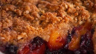 Giada De Laurentiis - Peach and Blueberry Crumb Pie