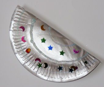 Instrument craft for preschool.: Children Crafts, Music Instruments, Plates Castanet, Instruments Crafts, Musical Instruments, Homemade Instruments, Classroom Ideas, Paper Plates, Parties Crafts
