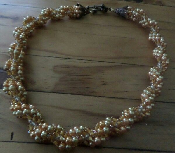 Two tone gold spiral.