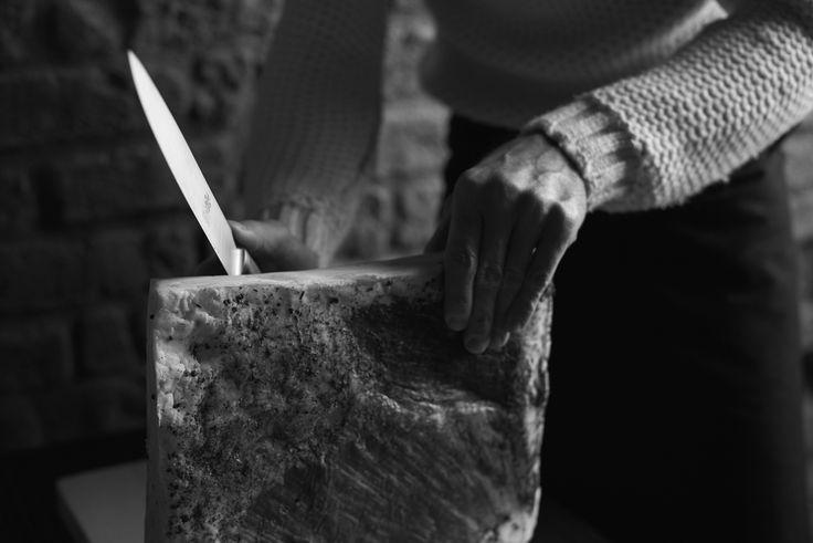 Grass - il lardo della collezione creata insieme allo chef Davide Oldani / Grass - lard from the Salumi Pasini - FOO'D collection #salumipasini #davideoldani #chef #lardo #salumi #charcuterie