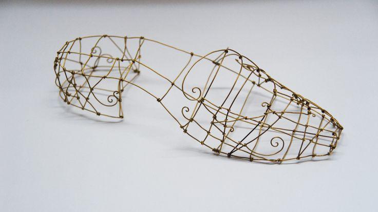 cinderellas slipper -  wire art by Nicole Bolze ORIGINALS
